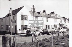 rtan-p064b-old-post-office-lower-high-street-rhosneigr.jpg
