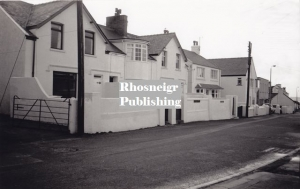 rtan-p067c-lower-high-street-rhosneigr.jpg