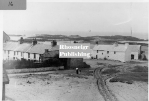 rtan-p068a-spc379-fishermans-cottages-panorama-over-lifeboat-house-rhosneigr.jpg