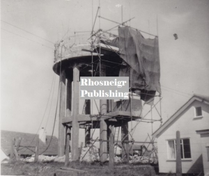 rtan-p82a-rhosneigr-water-tower-during-demolition.jpg